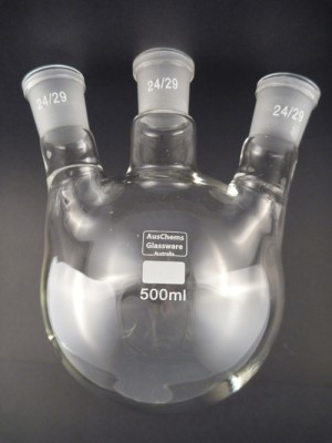 Round bottom boiling flask 3 neck 24/29 500mL
